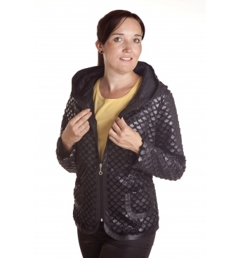 Futerka  kaptur - dámský kabátek s kapucou