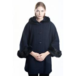 ANTARES - dlouhá dámská tmavomodrá pelerína s kožíškem