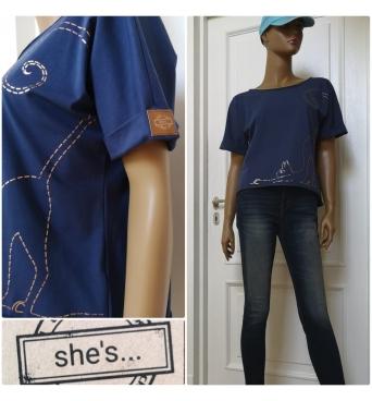She´s - dámské tričko kočka tmavě modré